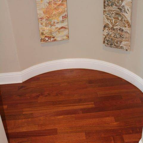 Installation of hardwood flooring on round wall